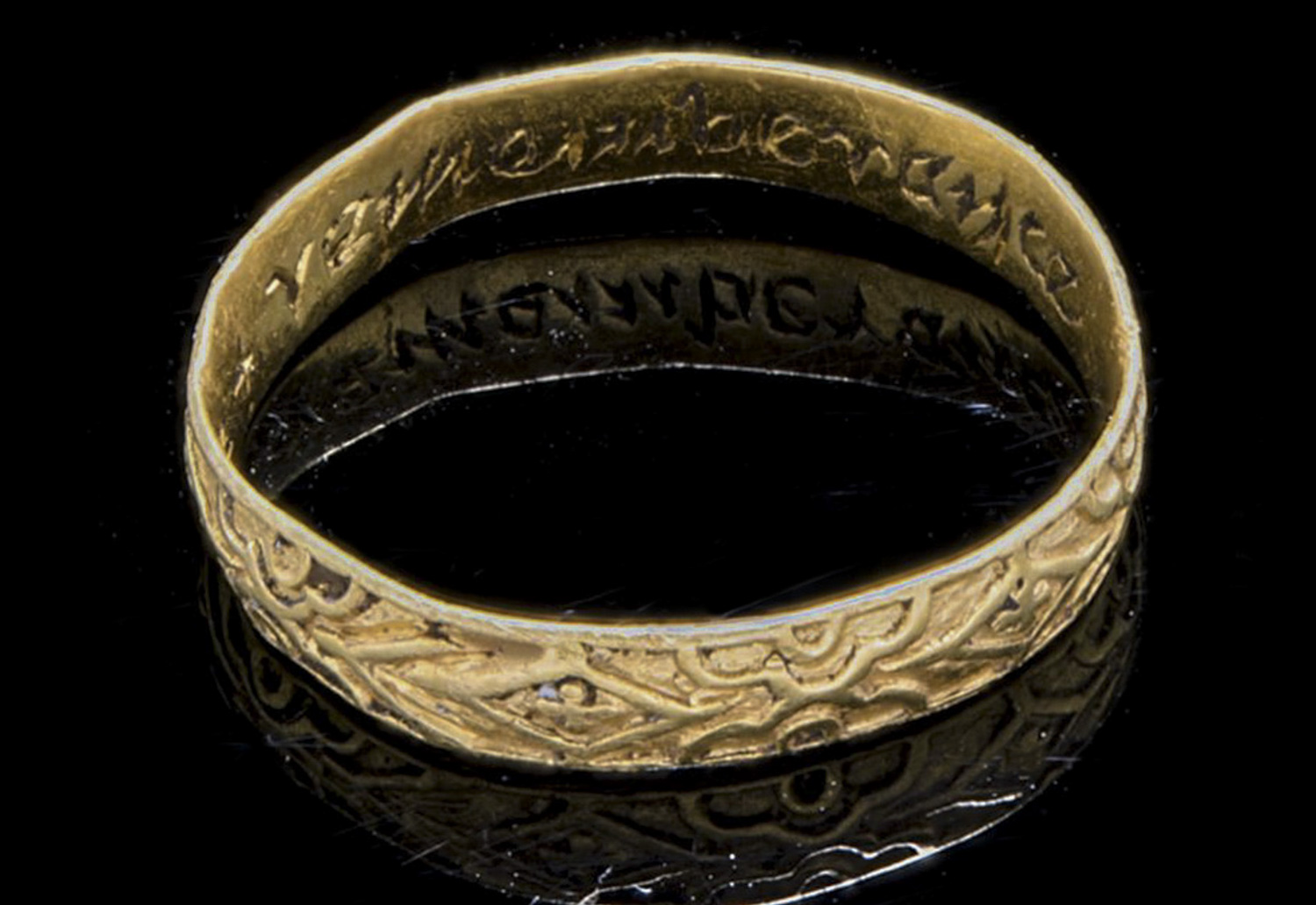 17th century gold ring found near Fraserburgh